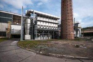 chladič spalin lze využít k vytápění hal v zimě opětovným využitím odpadní energie